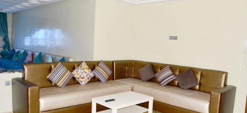 The happy lounge 06