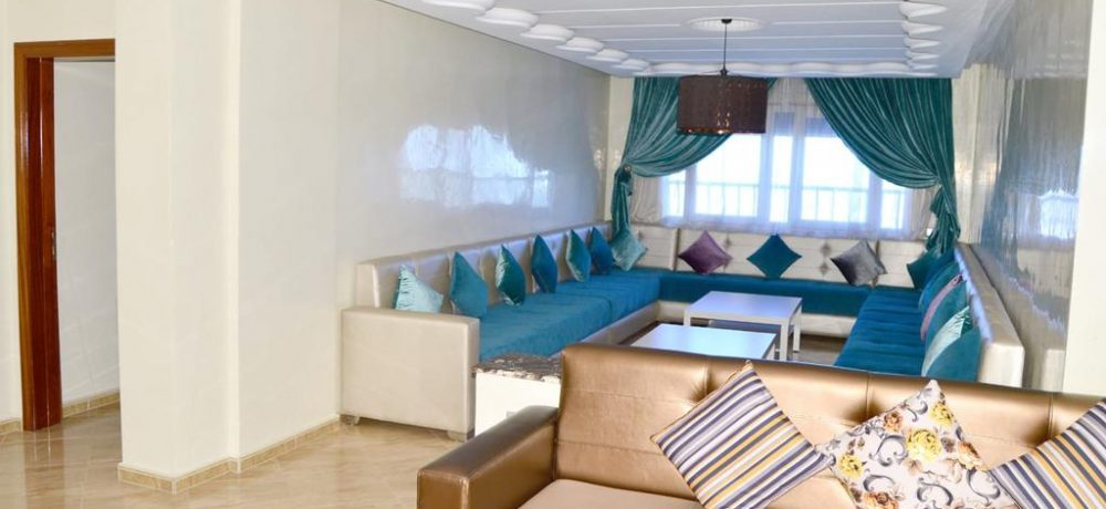 The happy lounge 17